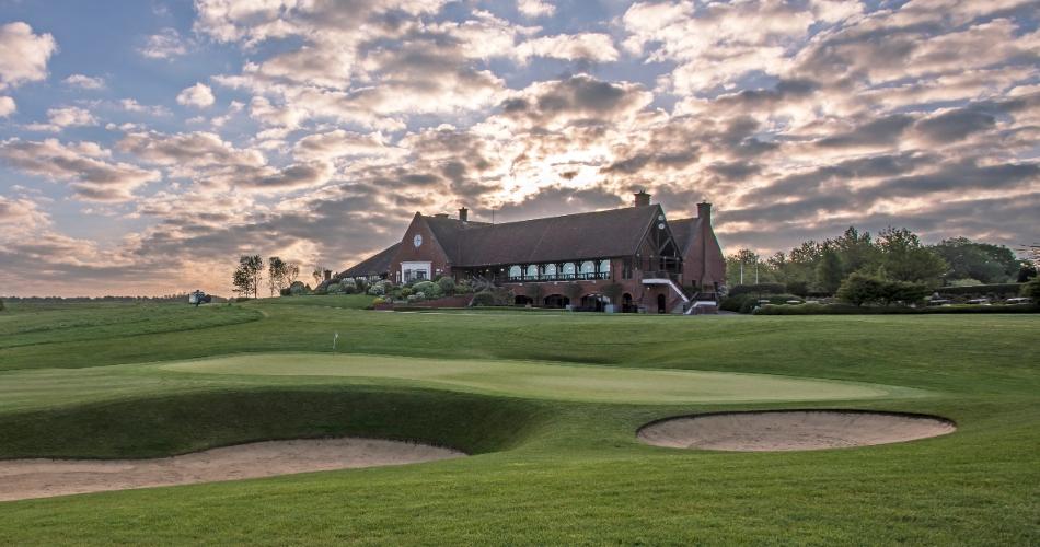 Image 2: London Golf Club