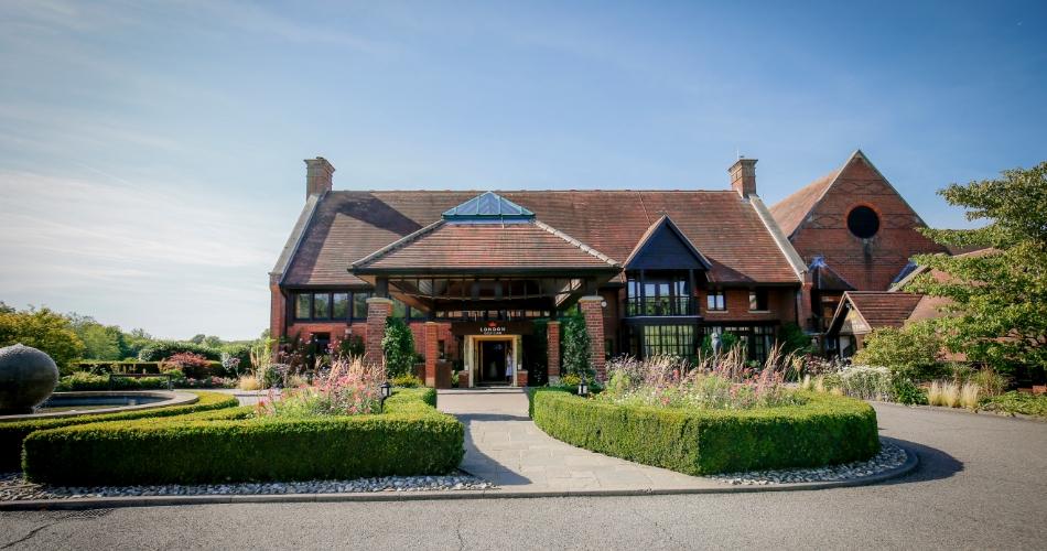 Image 3: London Golf Club