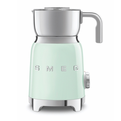Smeg launches its first ever range of Milk Frothers