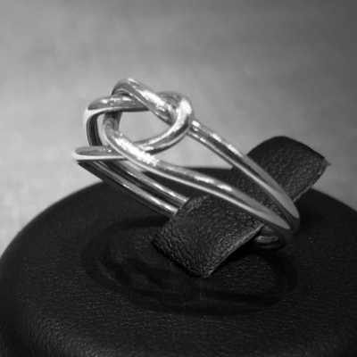 Find the gift of love at Kent jewellers, Custom & Co