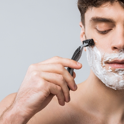 Green People is launching a new men's organic shave kit this May