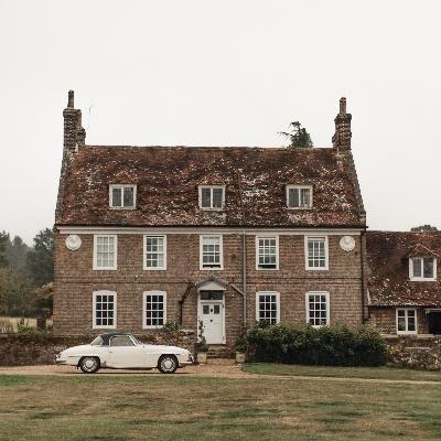 Austen elegance at Kent wedding venue, Chafford Park Estate