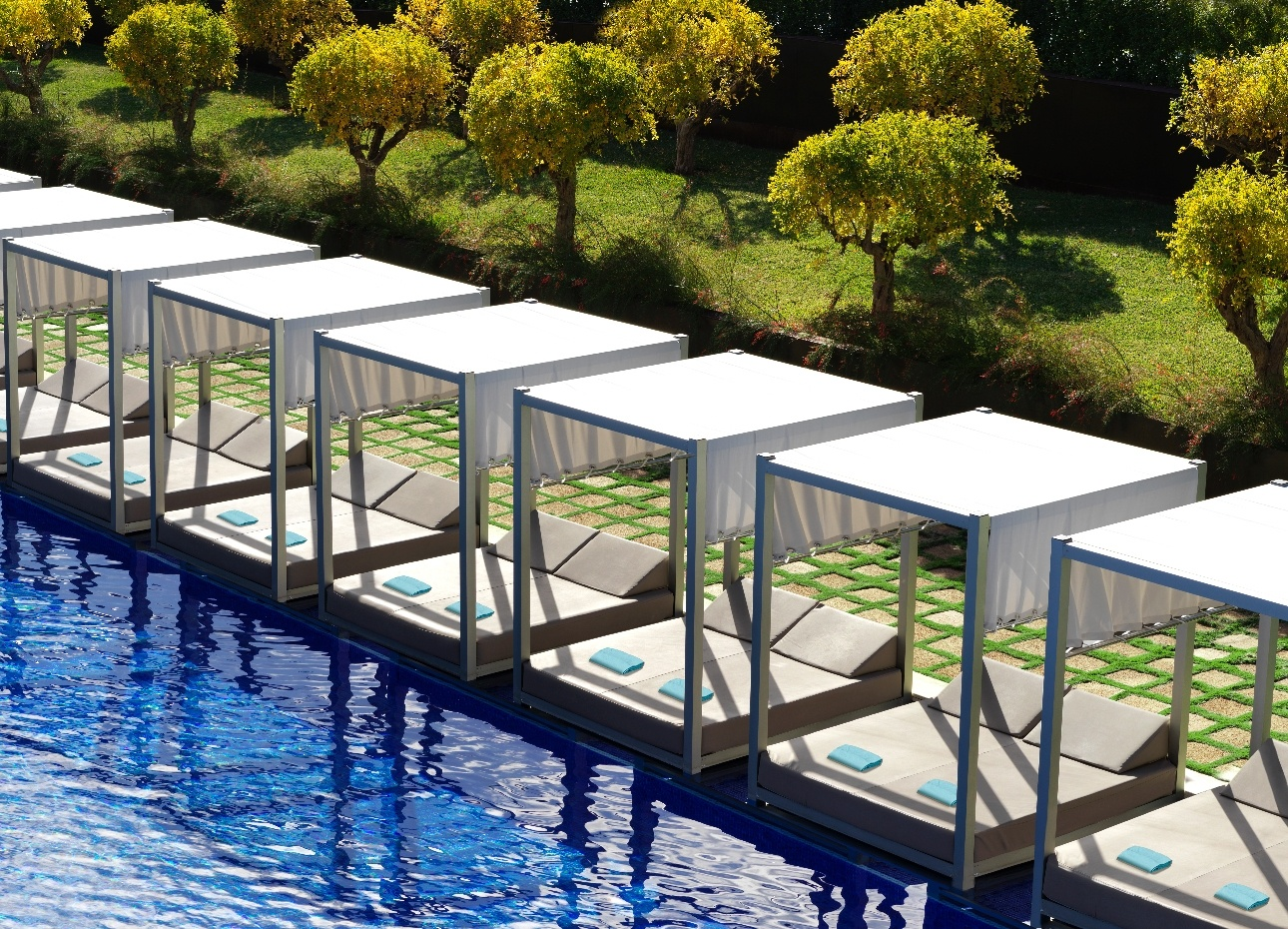 Poolside daybeds