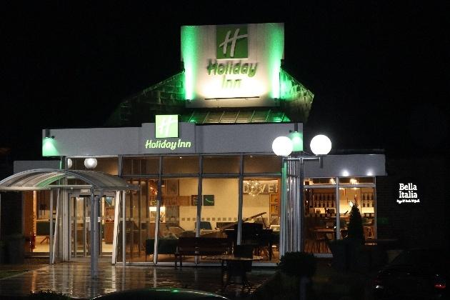 Holiday Inn Dover exterior at night